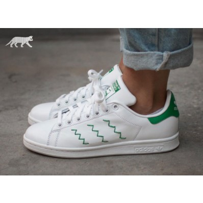 adidas stan smith homme,Retour des Baskets Stan Smith avec 3 Bandes Brodées en Zig Zag