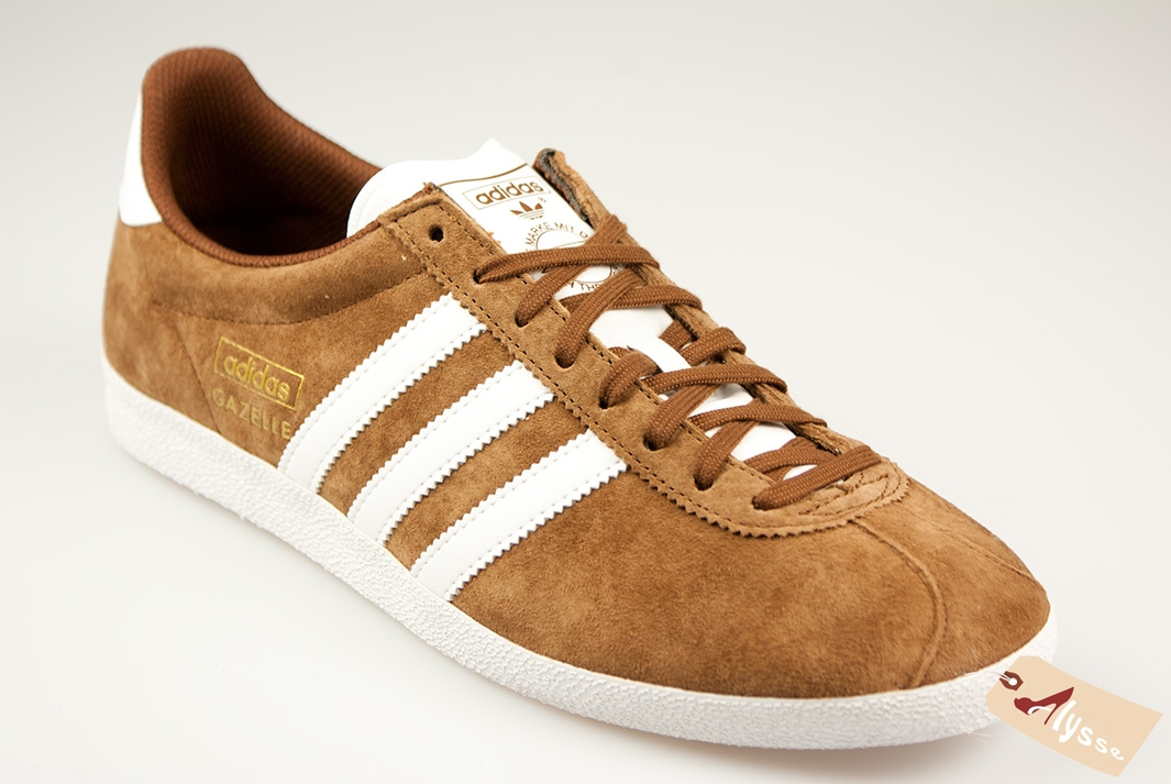 soldes chaussures adidas gazelle homme pas cher achat vente adidas gazelle og homme magasin. Black Bedroom Furniture Sets. Home Design Ideas